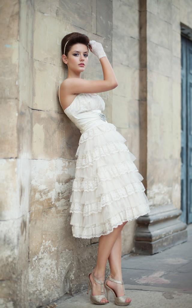 Wedding dresses vintage modern or traditional 2012 2013 for Wedding dress stores ottawa