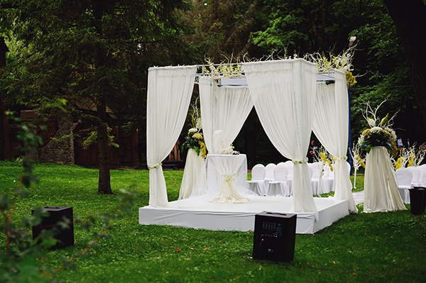 Wedding Ceremony And Reception In Same Location: Wedding Ceremonies And Reception At Same Location