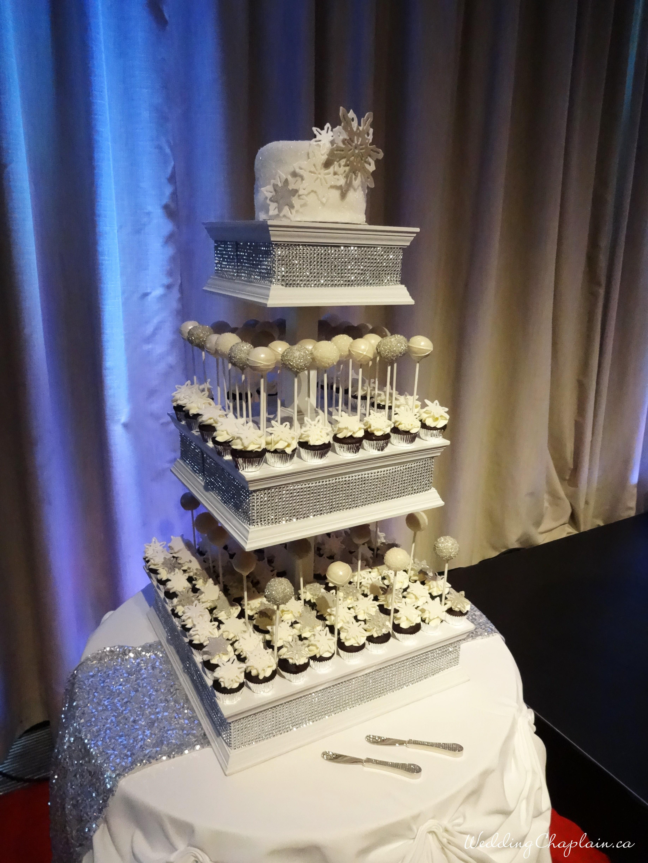 https://www.ottawaweddingmagazine.com/wp-content/uploads/2014/12/cake1.jpg