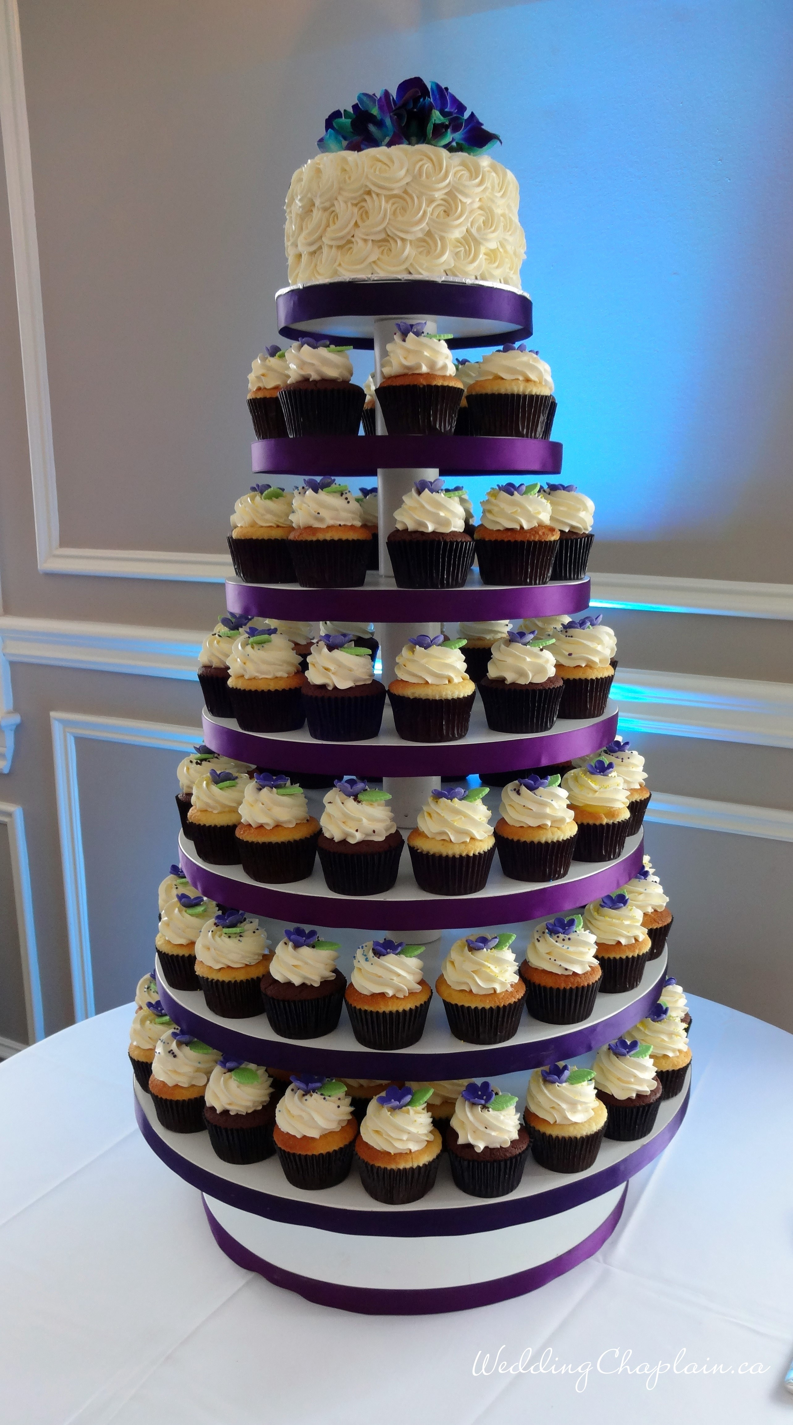 https://www.ottawaweddingmagazine.com/wp-content/uploads/2014/12/cake3.jpg