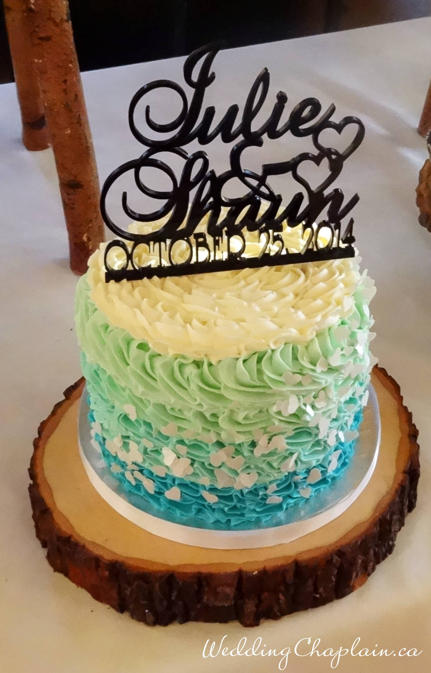 https://www.ottawaweddingmagazine.com/wp-content/uploads/2014/12/cake9.jpg