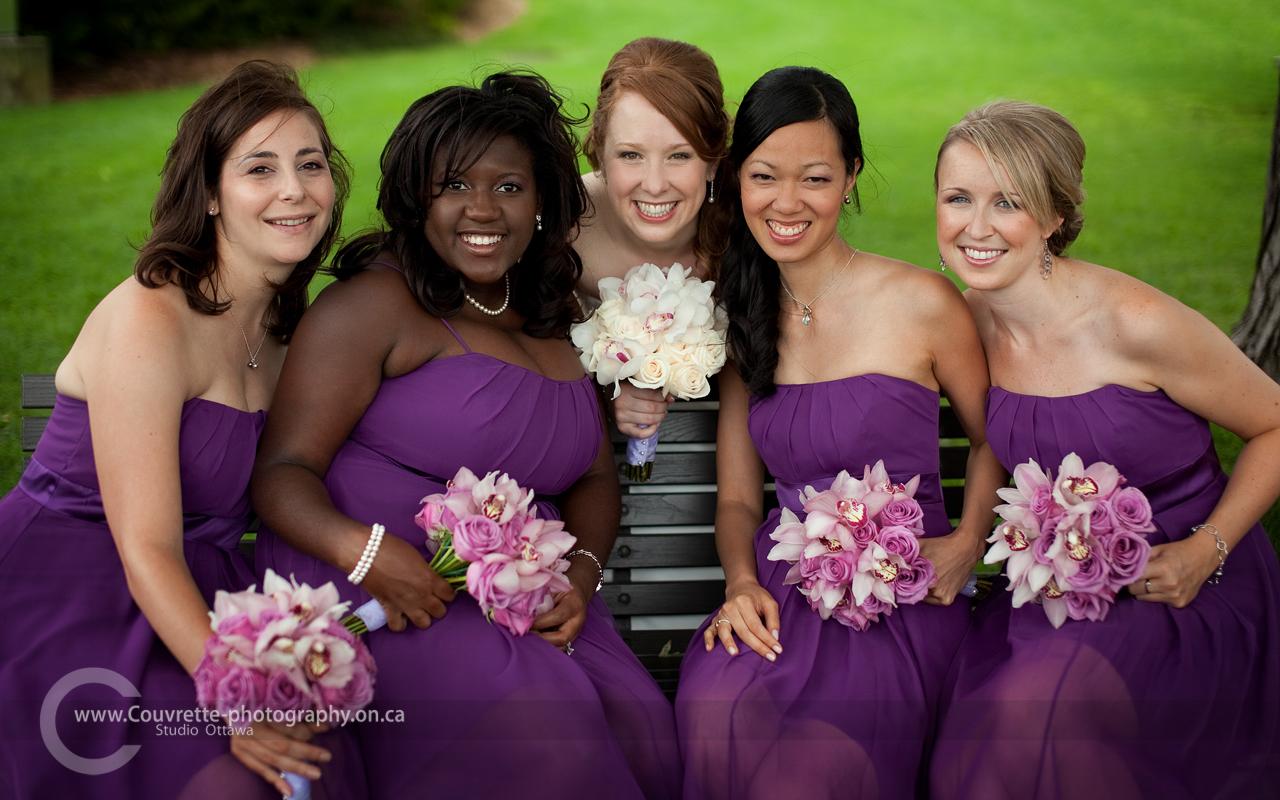 https://www.ottawaweddingmagazine.com/wp-content/uploads/2014/12/ottawa_wedding_group_portrait_photography_02.jpg