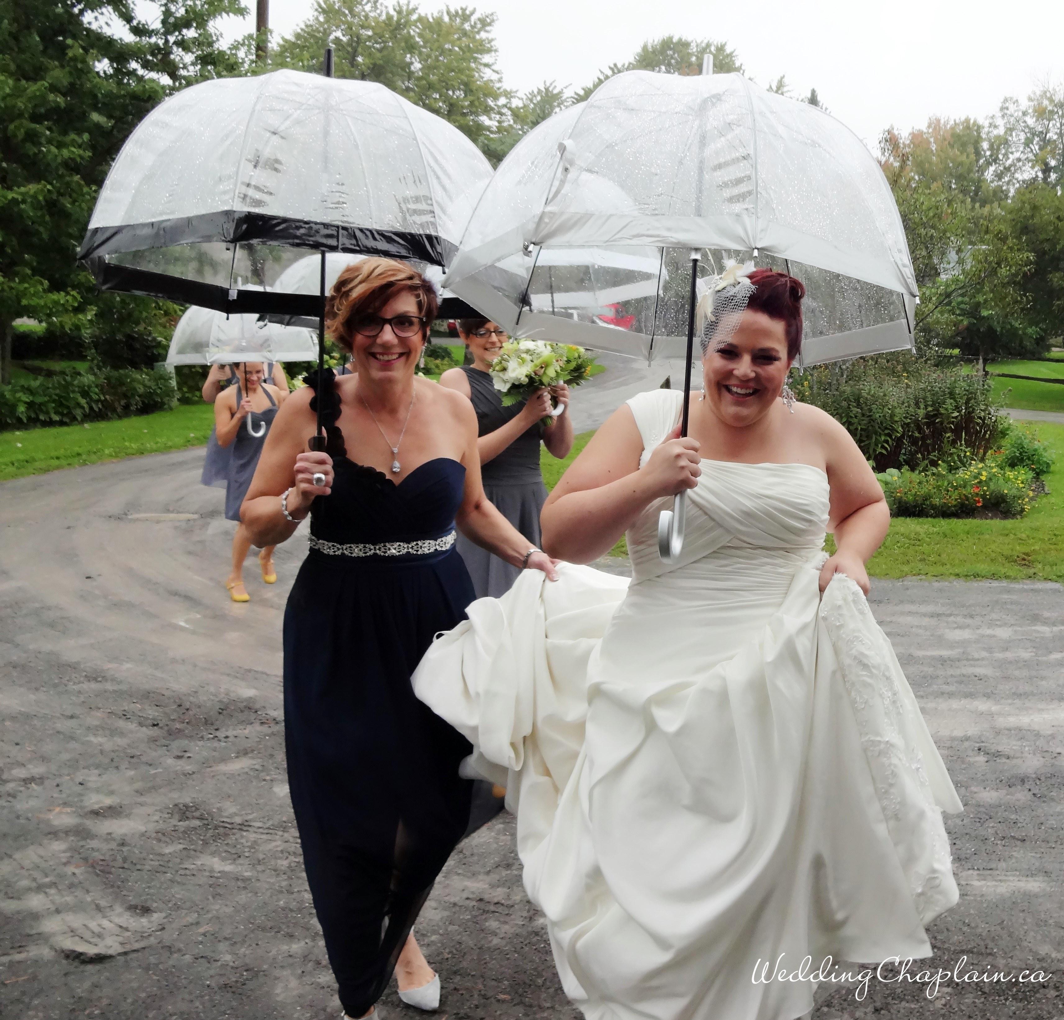 https://www.ottawaweddingmagazine.com/wp-content/uploads/2015/01/martine-in-the-rain.jpg
