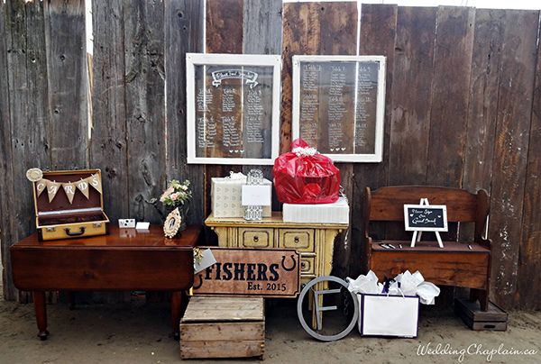 Country Chic Wedding Decor barn seating