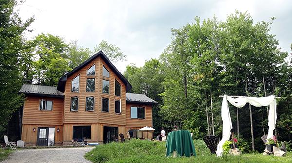 Intimate wedding lodge